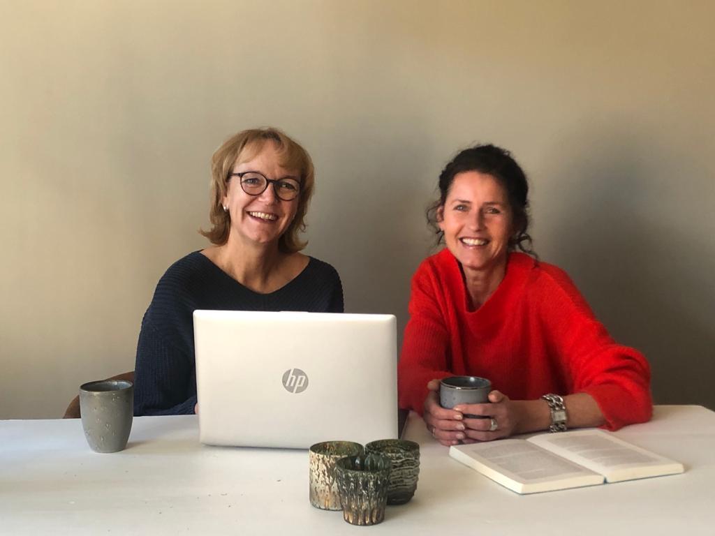 Esther Kempenaar en Linda Lesscher van Zorgresidence Wiardi Hoeve